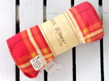 フリースのひざかけ毛布