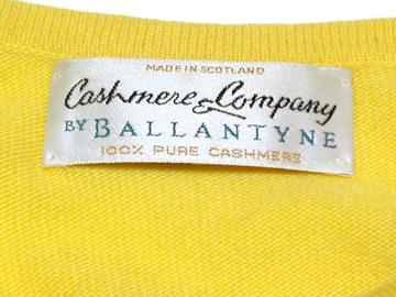 セーターのタグ